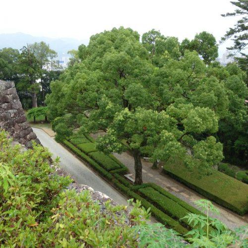 Ausblick auf Garten der BurgKōchi