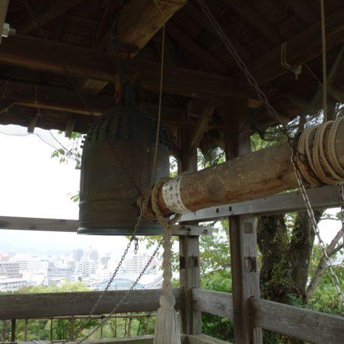 Glocke an der Burg Kōchi #2