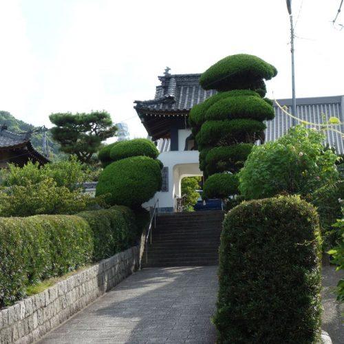 Tempelbesichtung in Utazu #15