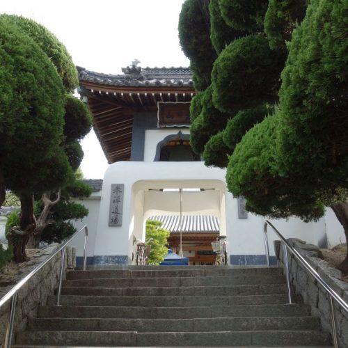 Tempelbesichtung in Utazu #16
