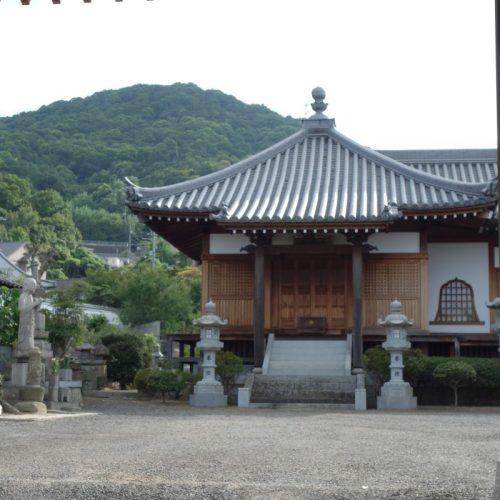 Tempelbesichtung in Utazu #17